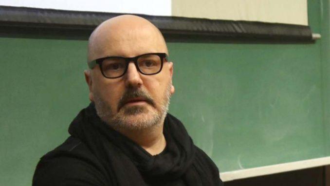 Kokan Mladenović: Mi smo omogućili ovog farsičnog ludaka 1