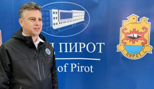 Vaskršnja čestitka gradonačelnika Pirota 15