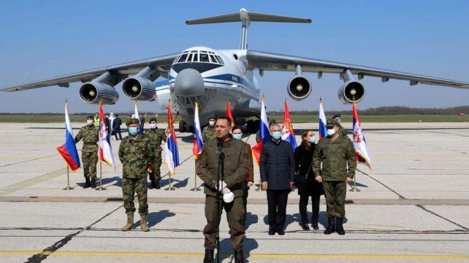 Ispraćeni ruski vojnici koji su pomagali tokom pandemije 4