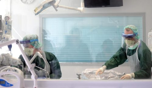 Građani Mataruške Banje potpisivali peticiju protiv otvaranja privremene kovid bolnice 11