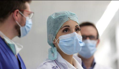 Vlada Srbije odobrila da se zaposli 305 diplomaca medicine 12