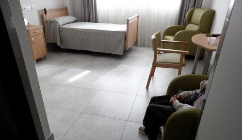 Pad broja inficiranih u ustanovama socijalne zaštite u Srbiji 2