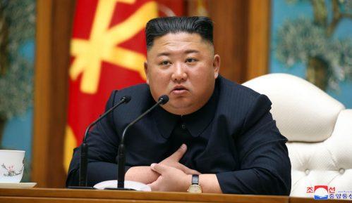 Kim: Nuklearni arsenal garant bezbednosti Severne Koreje 4