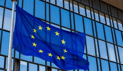 London dodelio pun ambasadorski status predstavniku EU 9