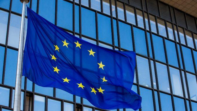Poverenje u EU među stanovnicima država članica znatno poraslo tokom pandemije 4
