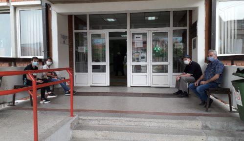 Taksisti odbijaju da voze do fabrike nameštaja u Vranju 2