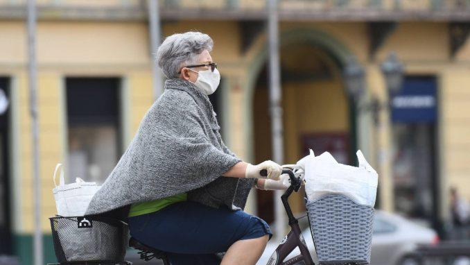 Austrija i Slovenija ublažavaju meru obaveznog nošenja zaštitne maske 2