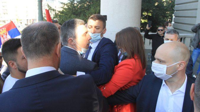 MUP podneo krivičnu prijavu protiv Obradovića i još tri lica zbog incidenta ispred Skupštine 1