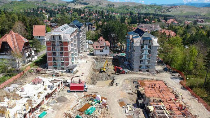 Oko Titove vile na Zlatiboru, koja je pod zaštitom države, gradi se veliki apartmanski kompleks 4