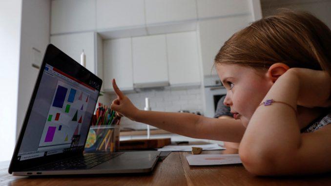 Kakve su sve izgovore smišljali đaci tokom nastave na daljinu? 3
