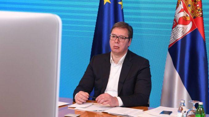 Bivši radnici PKB korporacije predali Predsedništvu zahtev za razgovor sa Vučićićem 4