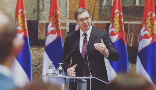 Vučić: Država će znati da se oduži medicinskim radnicima za zasluge u vreme pandemije 12