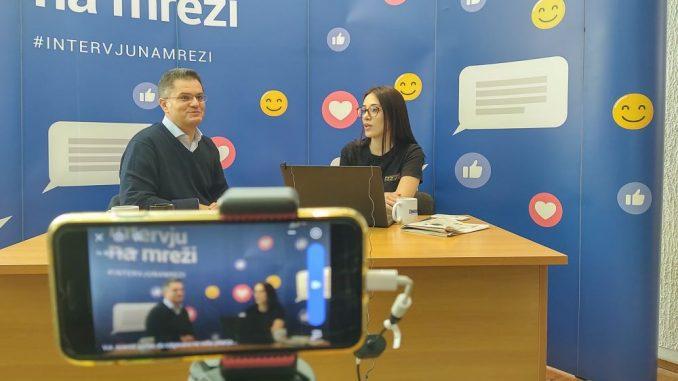 Vuk Jeremić odgovarao na pitanja čitalaca na Fejsbuku (VIDEO) 1