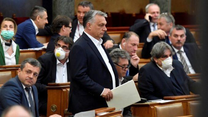 Korona virus i politika: Da li se pandemija koristi za učvršćivanje vlasti u Evropi 3