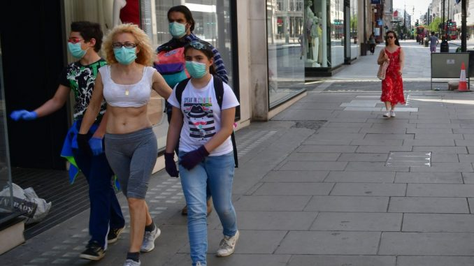 Korona virus: Žarišta u nekoliko fabrika u Srbiji, broj umrlih u Americi blizu 100.000 4