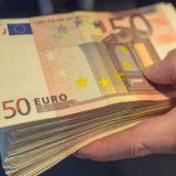 Prosečna plata u Crnoj Gori 527 evra 6