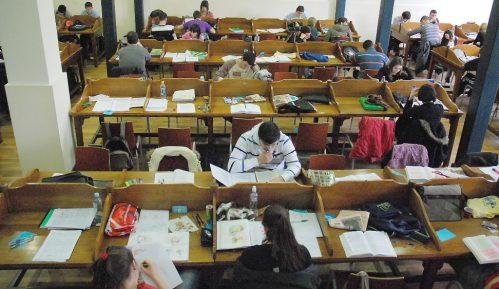 Dekan: Student će se pre zaraziti u kafiću nego na fakultetu 1