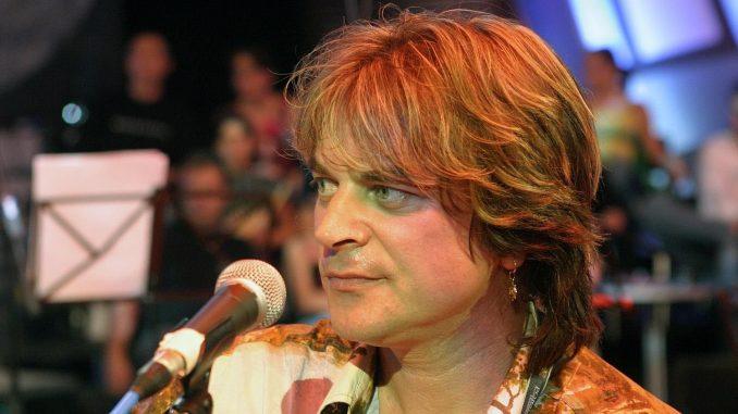 Alen Islamović: Pevač političar 2