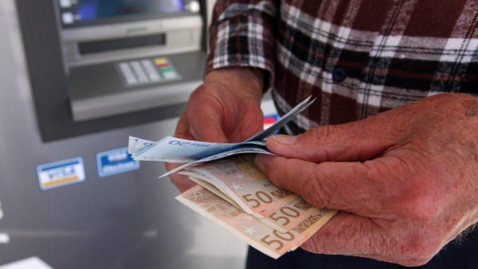 Gujaničić: Nizak prinos na evroobveznice Srbije posledica pogodnog investicionog ambijenta 4