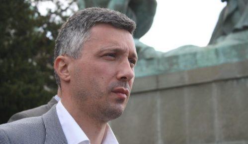 Obradović: Neozbiljna odluka o izlasku na izbore na Vračaru koja razjedinjuje opoziciju 14