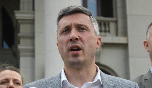 Obradović: Ne verujem uverenju Poreske uprave da je Mitrović platio porez 14