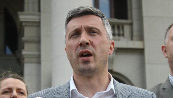 Obradović: Ne verujem uverenju Poreske uprave da je Mitrović platio porez 1
