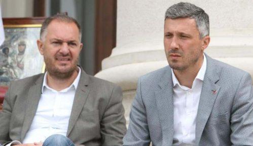 Dveri: Obradović i Kostić štrajkom glađu izborili dve male pobede 6