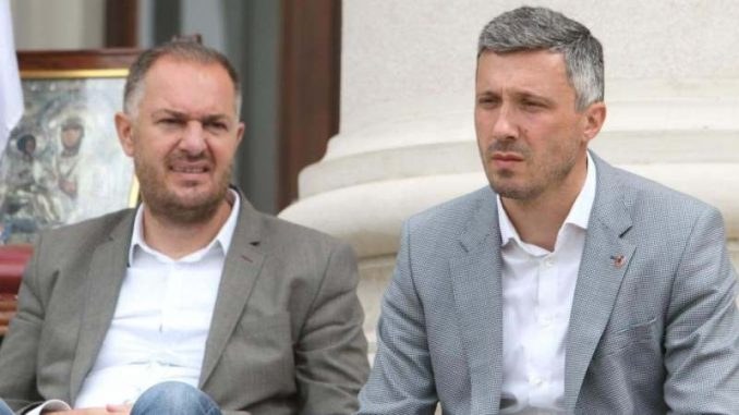 Dveri: Obradović i Kostić štrajkom glađu izborili dve male pobede 3