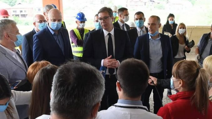 Vučić: Za zdravstveni centar u Prokuplju 35 miliona evra 3