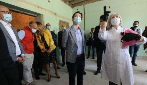 Brnabić: Zdravstveni sistem Srbije doživeo ogromne pozitivne promene 14