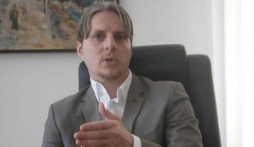 Arifi od Komesarijata zatražio da reši problem izbeglica u Preševu 6