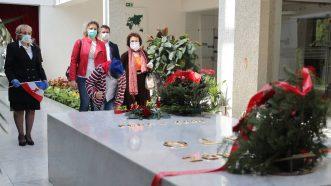 Kuću cveća danas posetio mnogo manji broj ljudi nego prethodnih godina (FOTO) 3