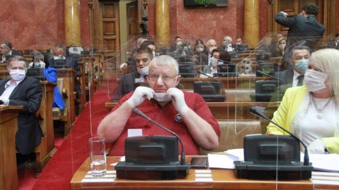 SRS predleže zabranu finansiranja NVO koje rade protiv Srbije 1