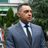 Vulin kritikuje BiH jer niko nije procesuiran za napad na Vučića u Srebrenici 10