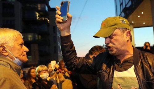 DW: Oštar start izborne kampanje u Srbiji - potencijal za nasilje 13