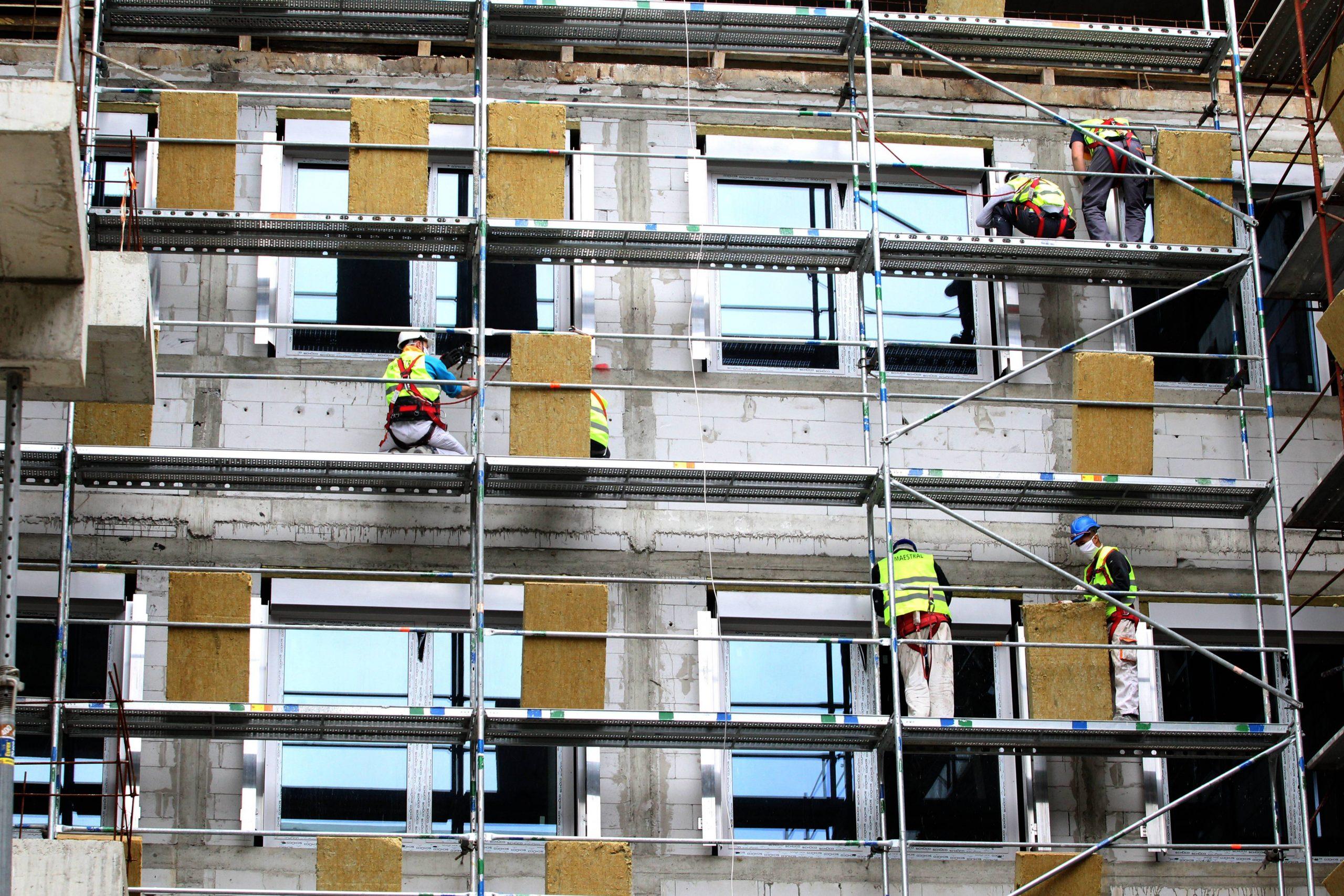U Srbiji u aprilu izdato 102,9 odsto više građevinskih dozvola nego pre godinu dana 31