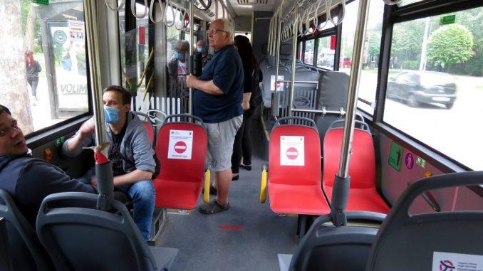 Nove mere Kriznog štaba: Maske obavezne u gradskom prevozu 1