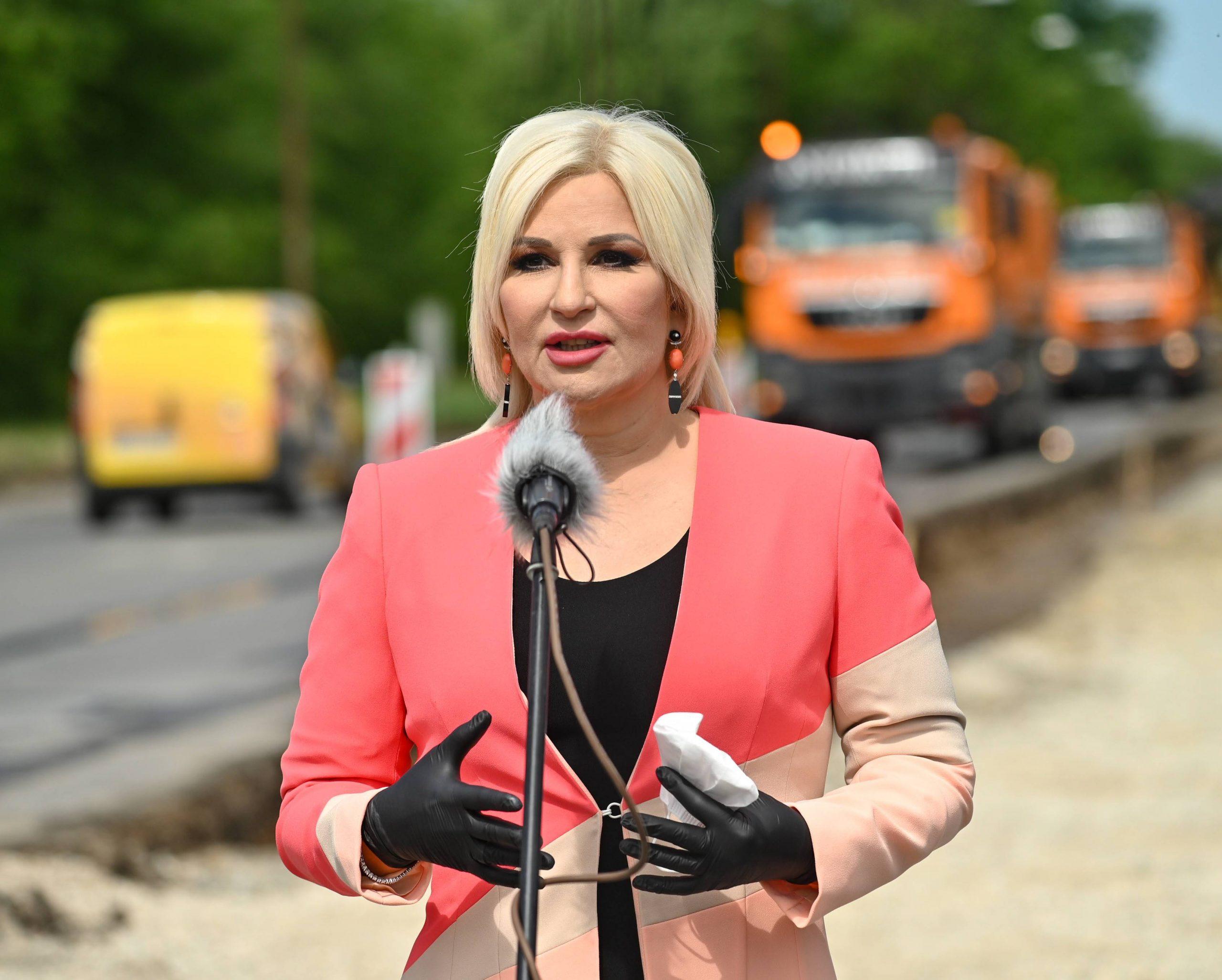 """Demostat: Fruškogorski koridor na """"dugačkom štapu"""" 1"""