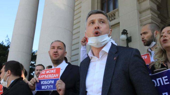 Obradović sa protestne vožnje u Čačku: Pobunom do odlaganja izbora 4