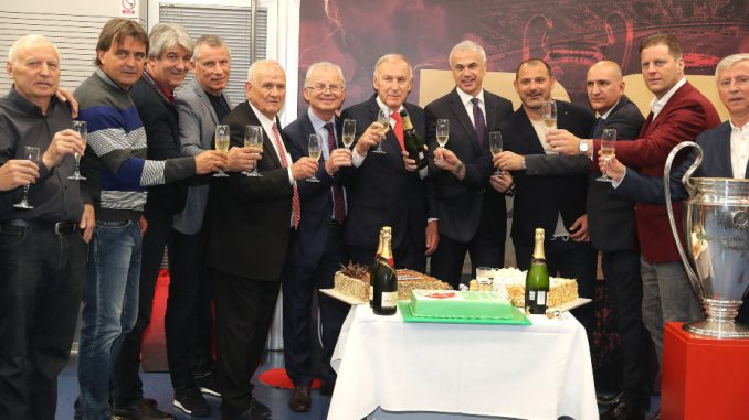 Zvezda obeležila 29 godina od osvajanja titule evropskog šampiona 4