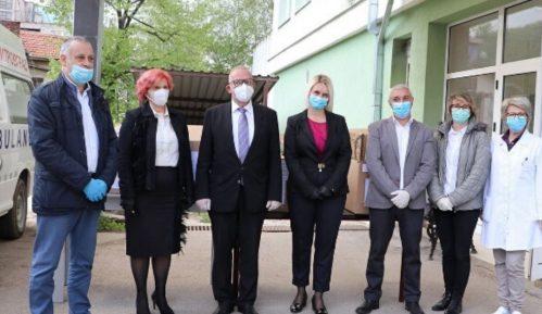 Bugarska donirala medicinsku opremu zdravstvenim ustanovama na jugu i jugoistoku Srbije 11