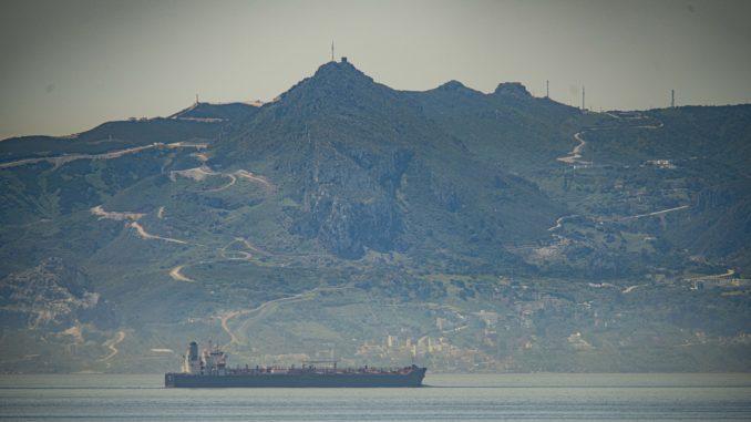 Iran upozorio SAD da ne prave probleme tankerima koji nose naftu Venecueli 3