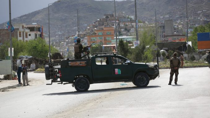 U Avganistanu ubijeno 11 ljudi u dva odvojena napada 4