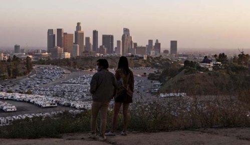 Los Anđeles ostaje zatvoren 14