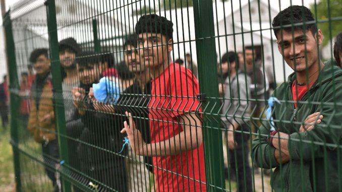 Boneli: U Srbiji oko 7.000 migranata, to nije situacija koja je van kontrole 1
