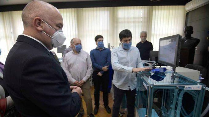 """Predstavljen prvi srpski respirator u Institutu """"Mihajlo Pupin"""" 3"""
