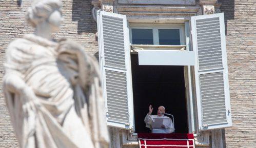 Papa pozvao vernike da izbegavaju pesimizam u eri korona virusa 11