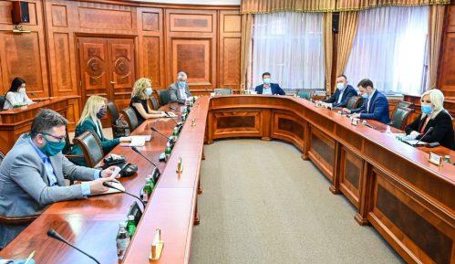 "Vlada Srbije usvojila Uredbu o Programu podsticanja zapošljavanja mladih ""Moja prva plata"" 2"