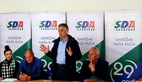 Ugljanin sa kandidatima za odbornike u Sjenici 5