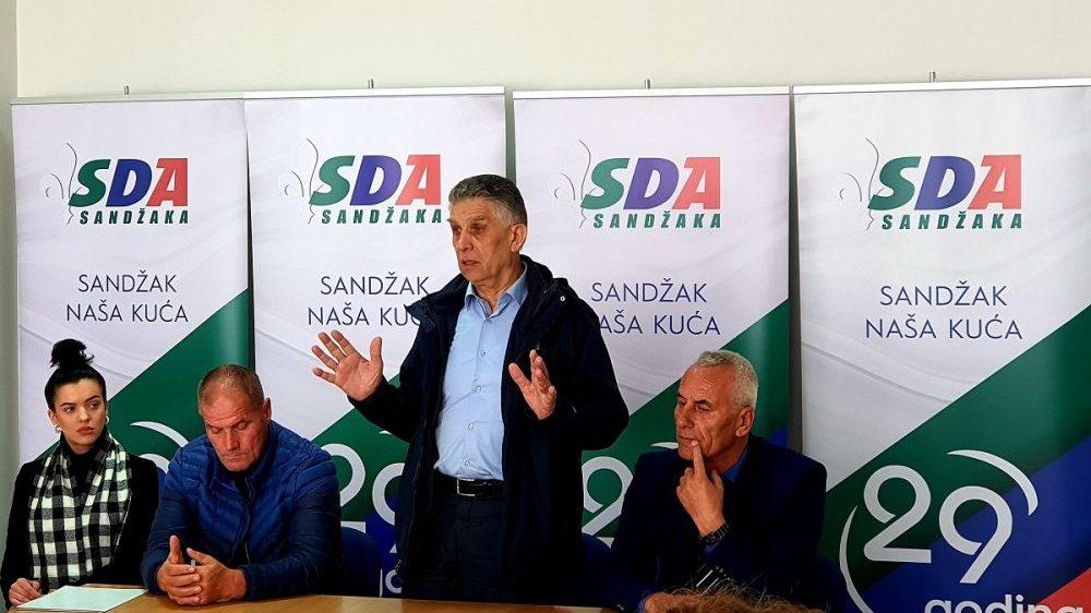 SDA: Ponašanje premijerke potvrdilo robovlasnički odnos prema Sandžaku 1